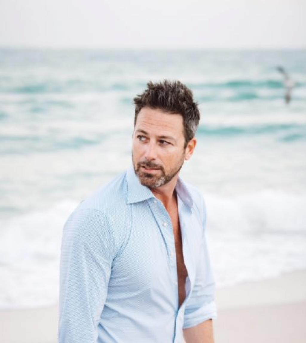 Jason-McAlister-Male-Model-TV-Actor-470x705-1.jpg