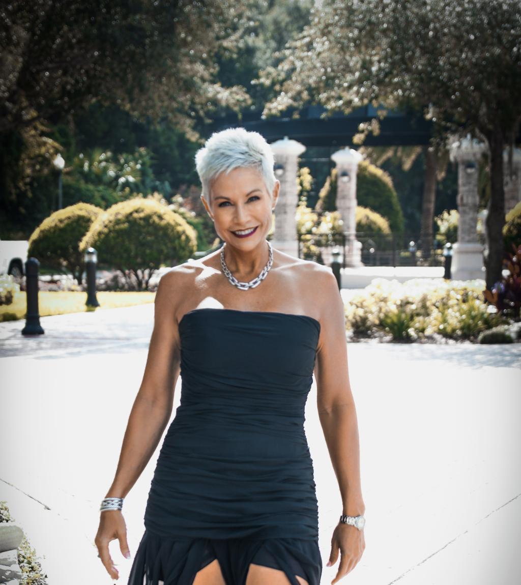 Gail Bonnstetter Formal Dress2.jpg