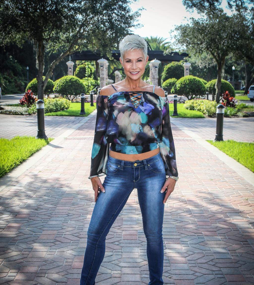 Gail Bonnstetter Jeans Colored Top4.jpg